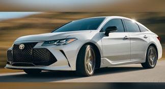 2020 Toyota Avalon Hybrid Lifestyle Photo