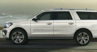 2021 Ford Expedition MAX Lifestyle Photo