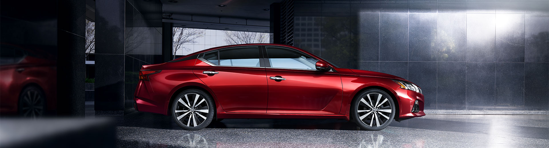 2021 Nissan Altima Lifestyle Photo